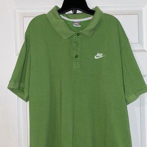 Nike XXL Shirt